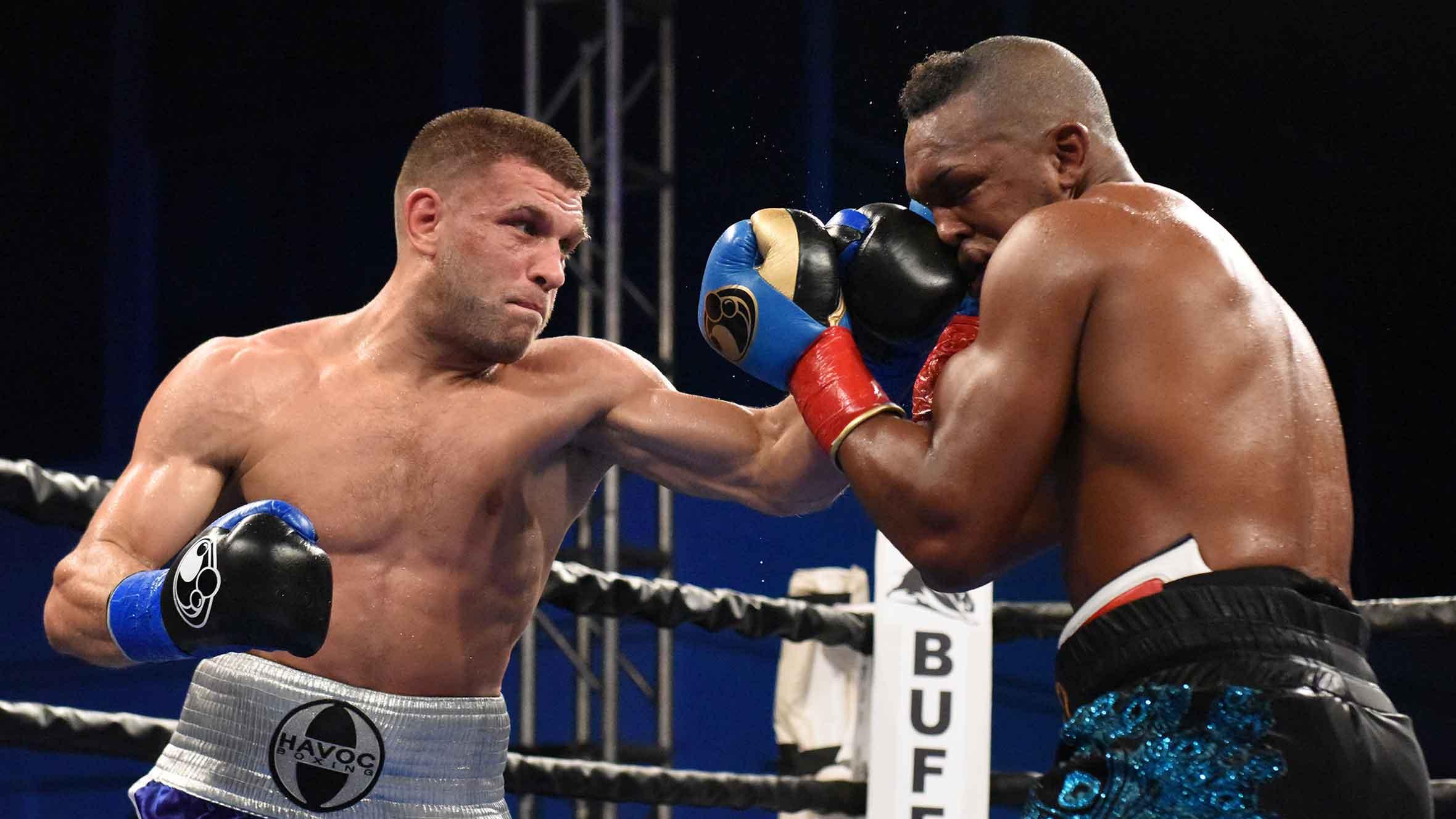 Canelo se queda sin título, no peleará con Derevyanchenko 2