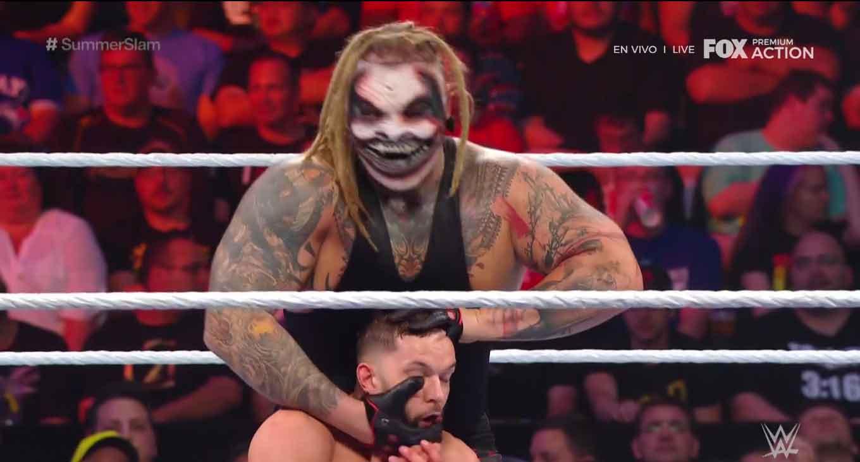 WWE SUMMERSLAM (11 de agosto 2019) | Resultados en vivo | Lesnar vs. Rollins 61