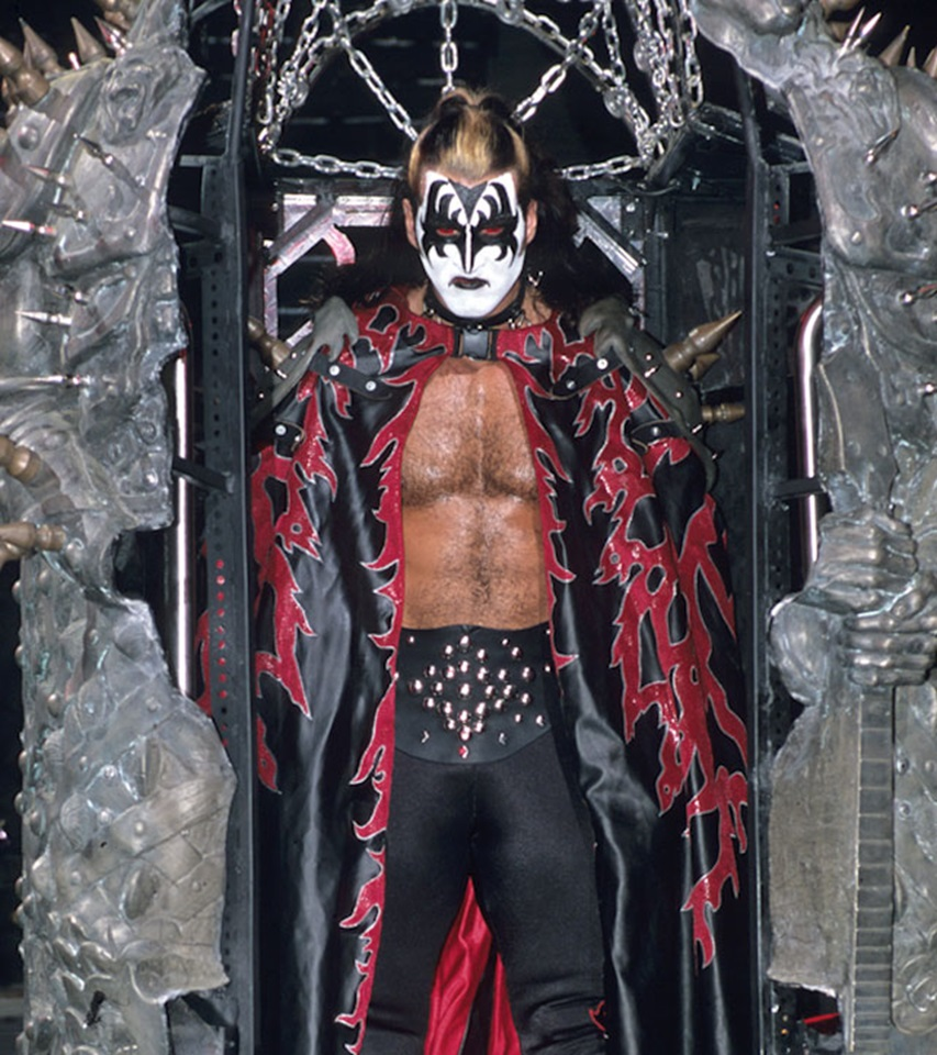 20 años del mayor esperpento de Eric Bischoff, The KISS Demon 2