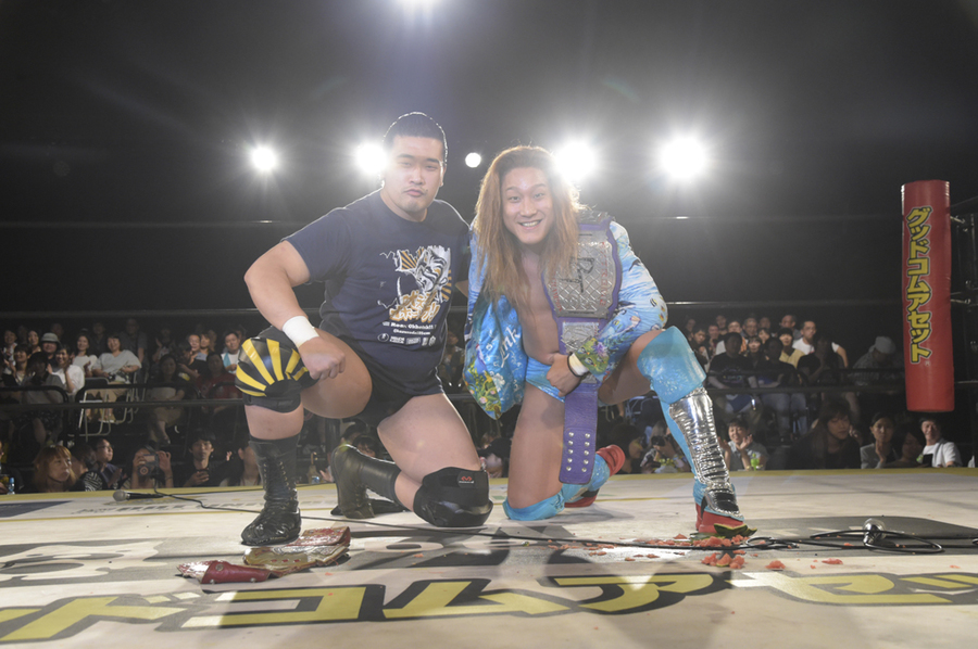 "DDT: ""Beer Garden Fight 2019"" Jiro Kuroshio gana título Extremo 8"