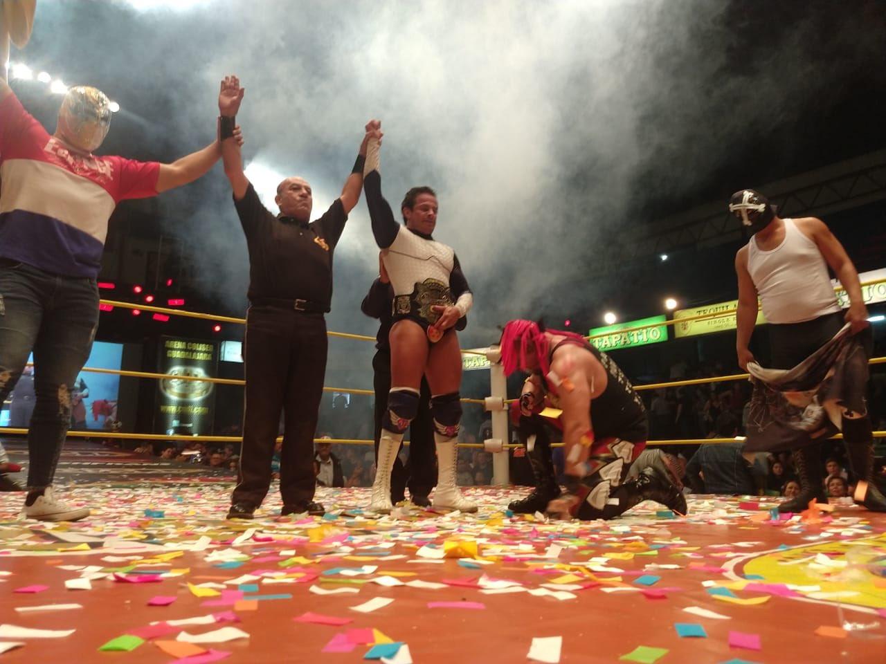CMLL: En Guadalajara, México se lleva el triunfo y Volador Jr. retiene 61
