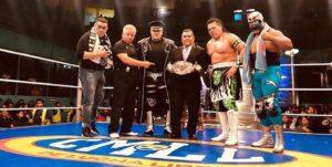 CMLL: En Puebla, Último Guerrero se afianza a su cinturón 34