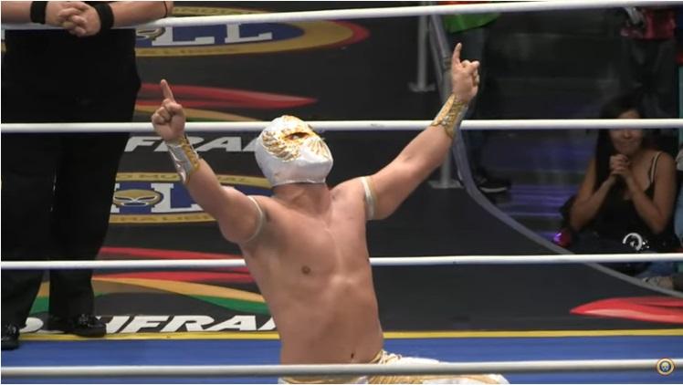 CMLL: Carístico gana Torneo en Puebla y lo dedica a su finado padre 2