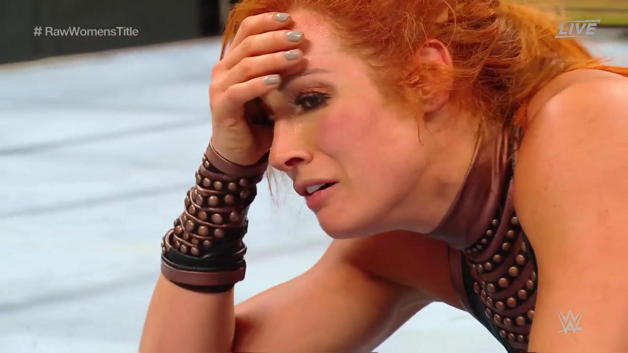 Impresionante lucha entre Becky Lynch y Sasha Banks en Clash of Champions 2019