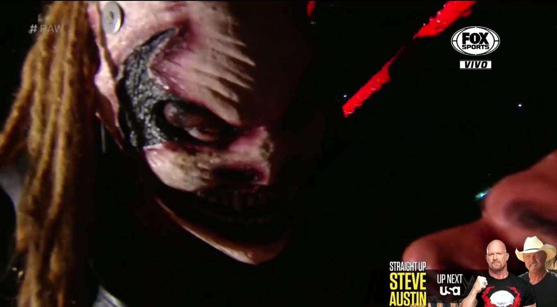 WWE RAW (16 de septiembre 2019) | Resultados en vivo | The Fiend va por Rollins 52