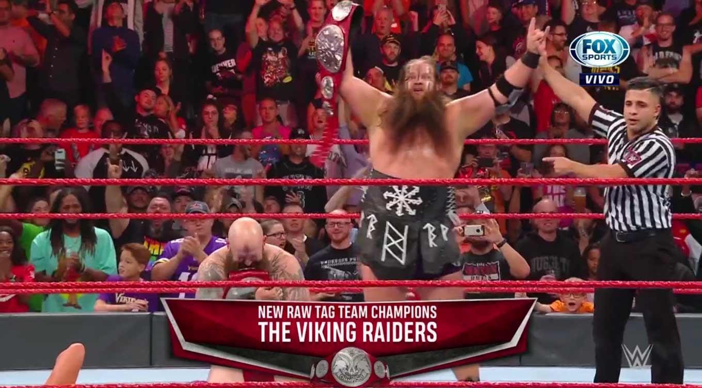 WWE RAW (14 de octubre 2019) | Resultados en vivo | Draft 2019 23