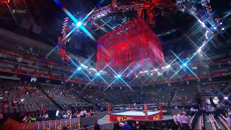 WWE HELL IN A CELL (6 de octubre 2019) | Resultados en vivo | Rollins vs. The Fiend 1