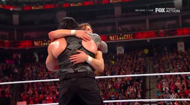 WWE HELL IN A CELL (6 de octubre 2019) | Resultados en vivo | Rollins vs. The Fiend 25