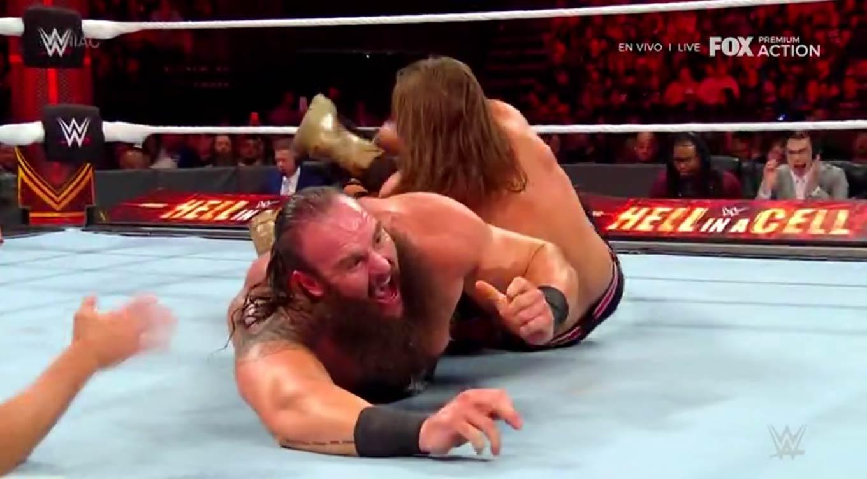 WWE HELL IN A CELL (6 de octubre 2019) | Resultados en vivo | Rollins vs. The Fiend 39