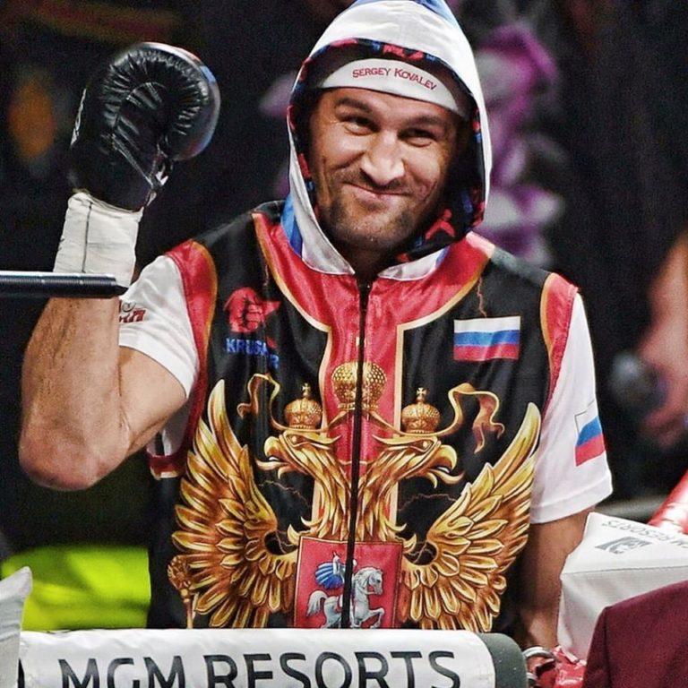Kovalev habló de la pelea con Canelo 8