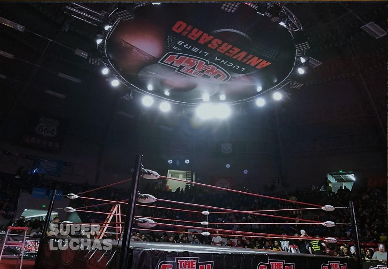 The Crash: Lucha Brothers se impone a Dinastía Muñoz en el 8 Aniversario 2