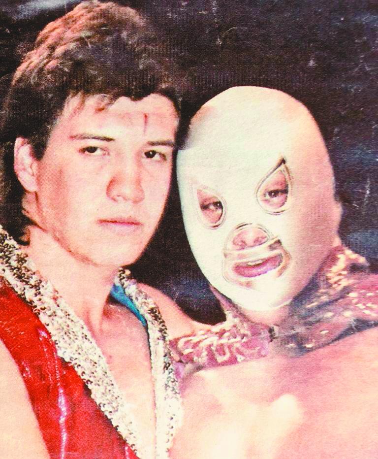 Así recordamos a Eddie Guerrero: La nueva Pareja Atómica: Eddy Guerrero e Hijo del Santo (18 de septiembre de 1987)