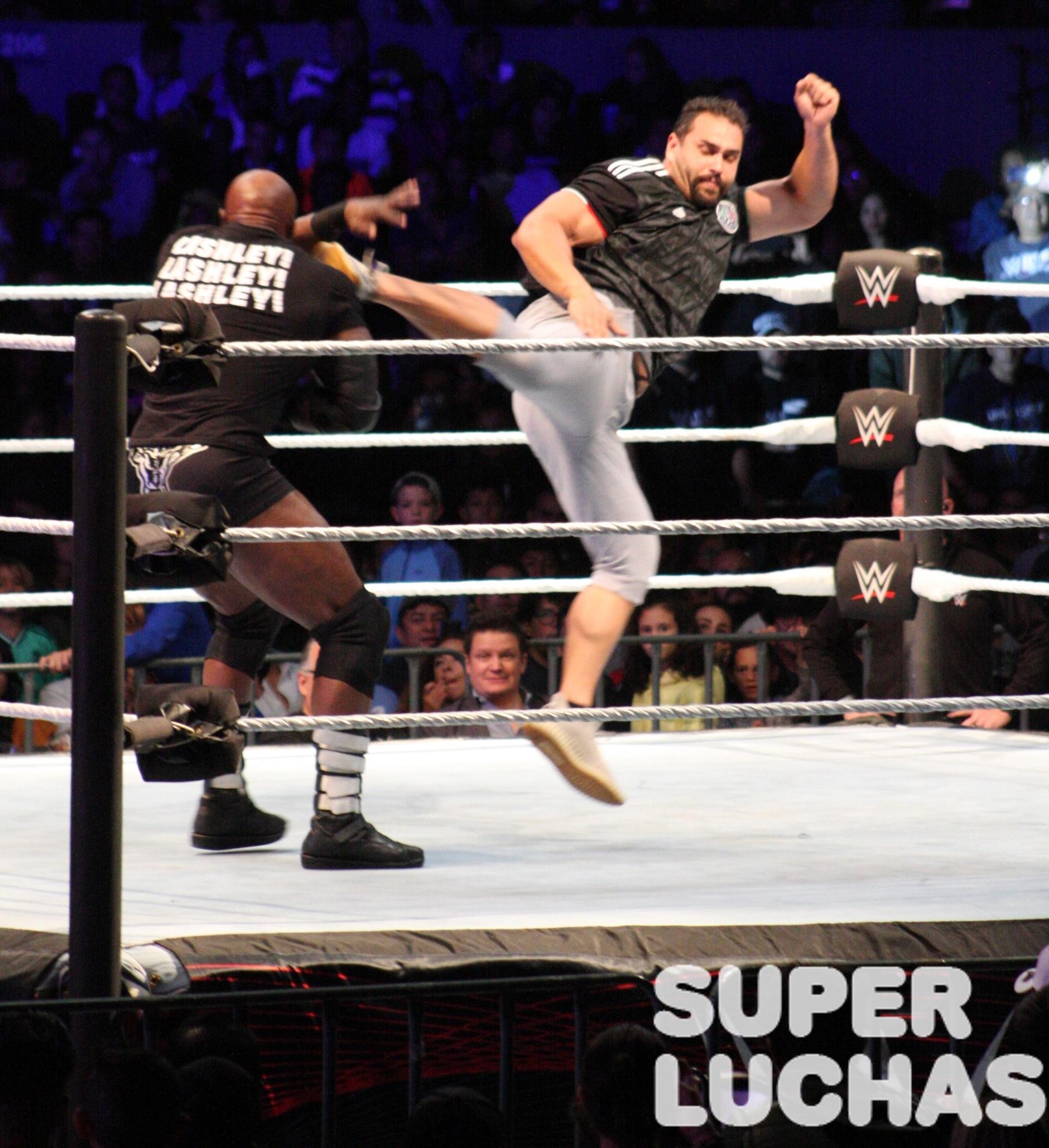 WWE en México: Galería y resultados 30/11/19 32