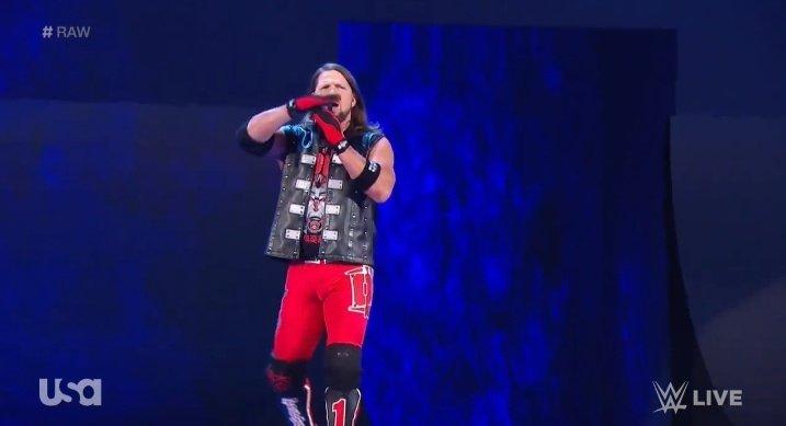 WWE RAW (30 de diciembre 2019) | Resultados en vivo | La boda de Lana y Bobby Lashley 39