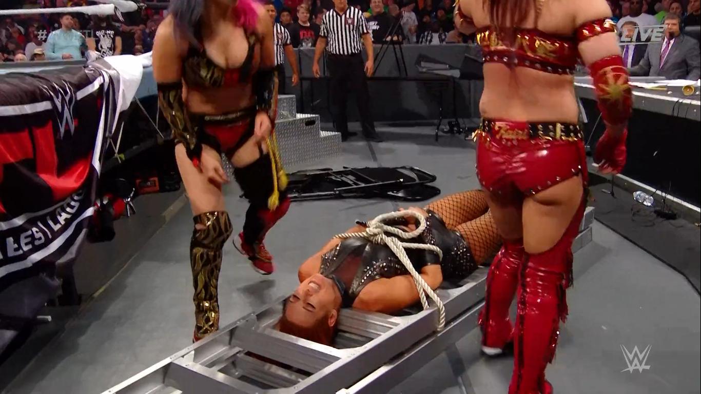 WWE TLC 2019 | Resultados en vivo | Roman Reigns vs. King Corbin 72