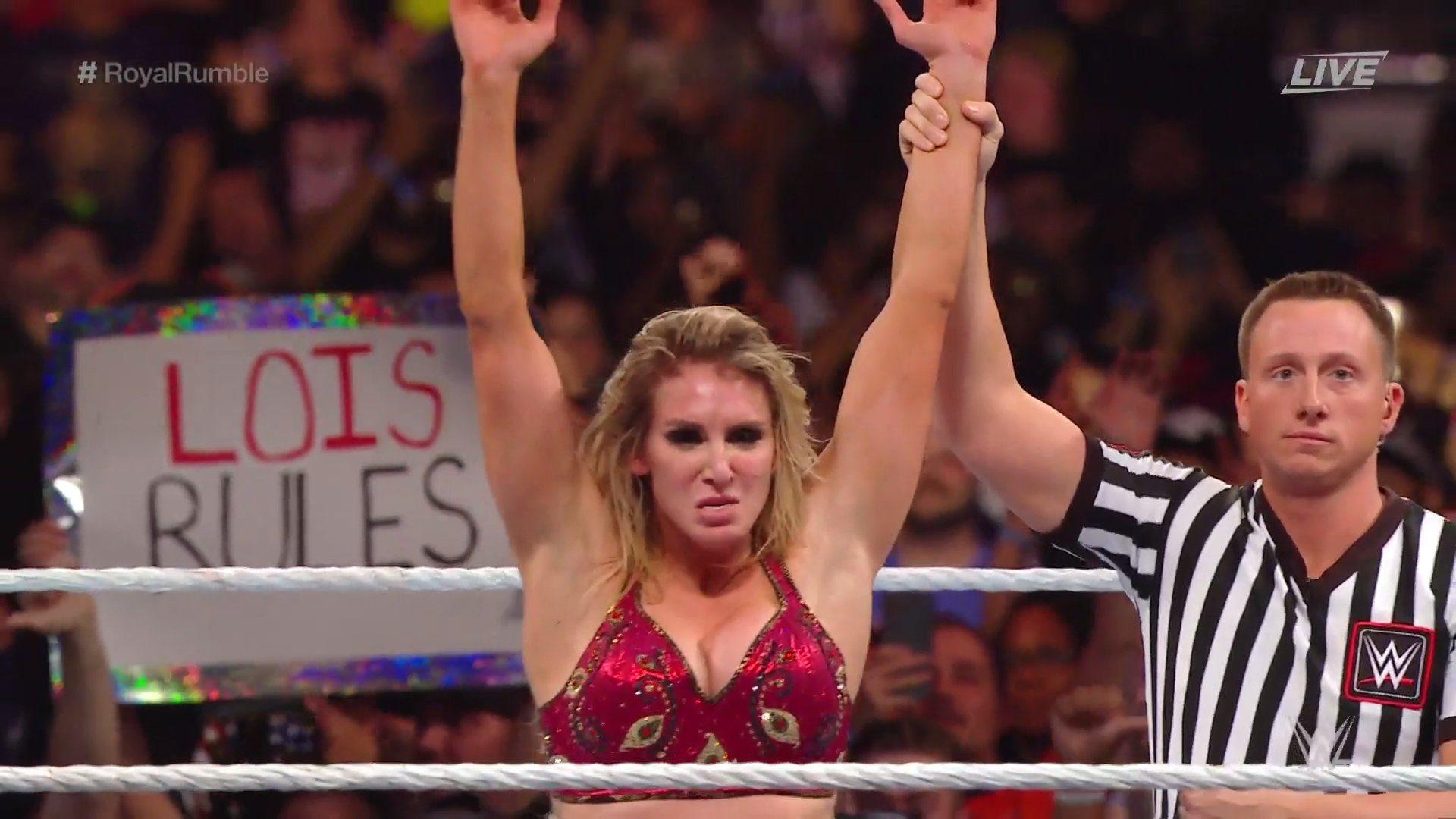 ¡Charlotte Flair ganó el Royal Rumble femenil! 1