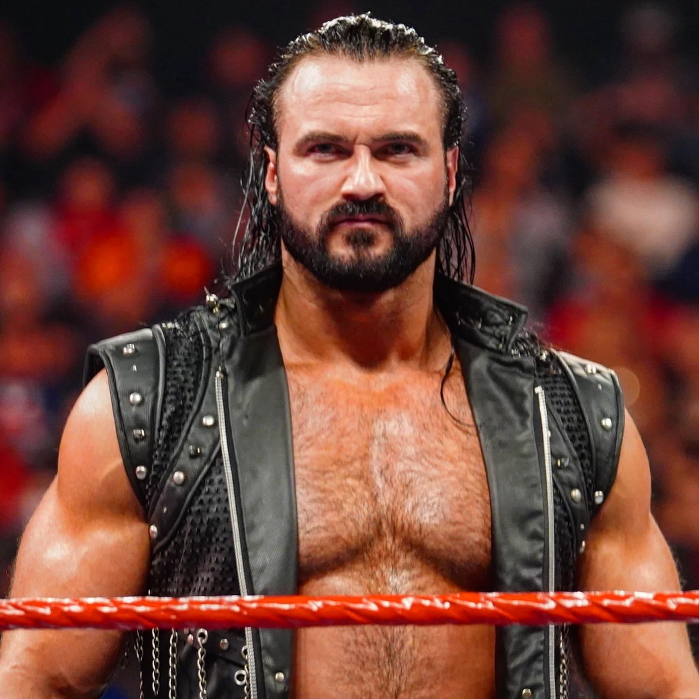 Drew McIntyre en WWE Monday Night Raw (27/01/2019) / WWE Brock Lesnar vs Drew McIntyre en WrestleMania 36