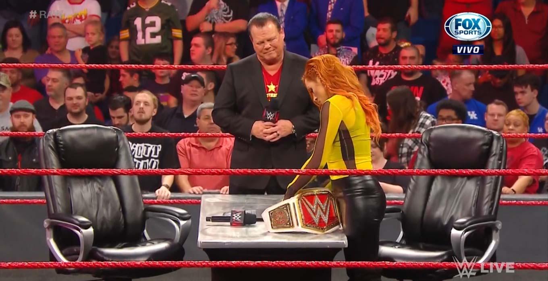 WWE RAW (13 de enero 2020) | Resultados en vivo | ¡A puñetazo limpio! 15