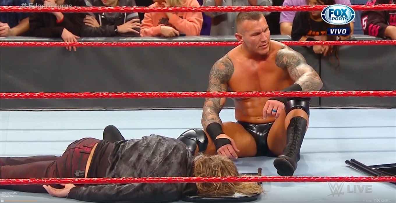 WWE RAW (27 de enero 2020) | Resultados en vivo | El regreso de Edge 26