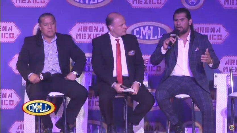 """CMLL: """"Homenaje a Dos Leyendas 2020"""" Conferencia de prensa- Sangre Chicana, homenajeado 6"""
