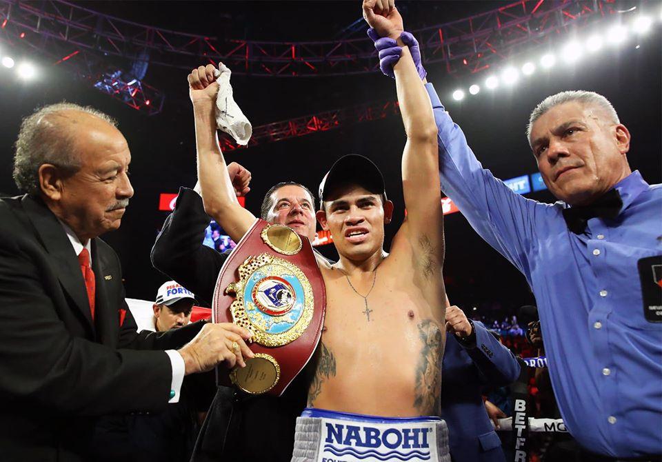 Vaquero Navarrete triunfó ante Santísima 27