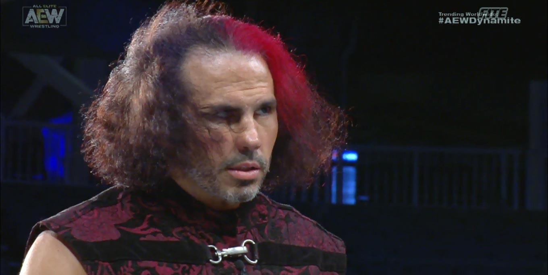 Matt Hardy Matt Hardy ataca a WWE