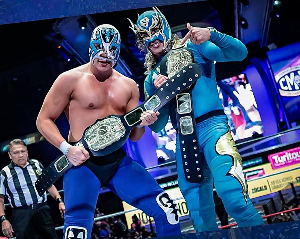 CMLL: Atlantis Jr. y Flyer, nuevos campeones nacionales de parejas 4