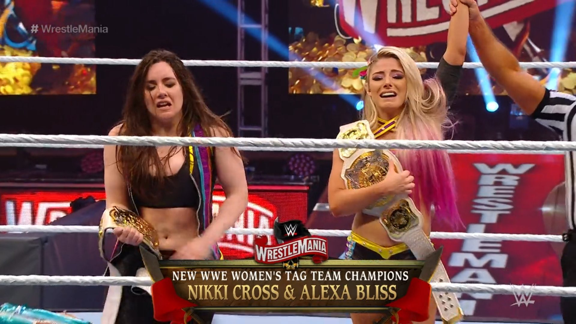 Alexa Bliss y Nikki Cross NUEVAS Campeonas de Parejas Raw en WWE WrestleMania 36 (04/04/2020) / WWE