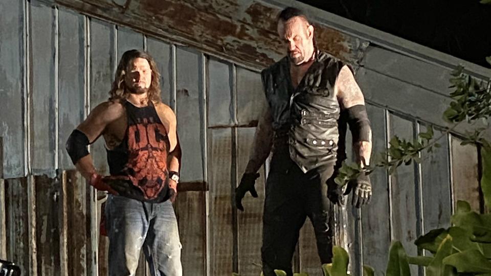 Cómo The Undertaker quiere retirarse Undertaker quería luchar con AJ Styles
