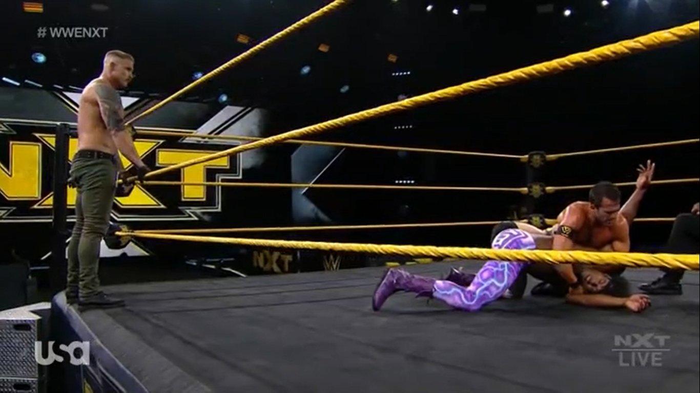 NXT (22 de abril 2020) | Resultados en vivo | Debuta el Hijo del Fantasma 34