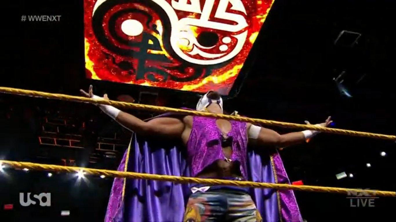 NXT (22 de abril 2020) | Resultados en vivo | Debuta el Hijo del Fantasma 24