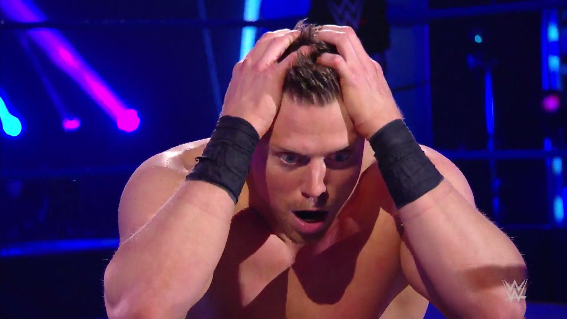 WWE SMACKDOWN (24 de abril 2020) | Resultados en vivo | 25 años de Triple H 17