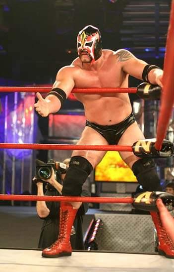 "Apolo: ""Víctor Quiñones quiso DEMANDAR a TNA por el nombre de APOLO"" 2"