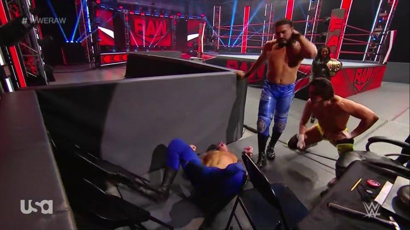 WWE RAW (18 de mayo 2020) | Resultados en vivo | King Corbin viene por Drew McIntyre 23