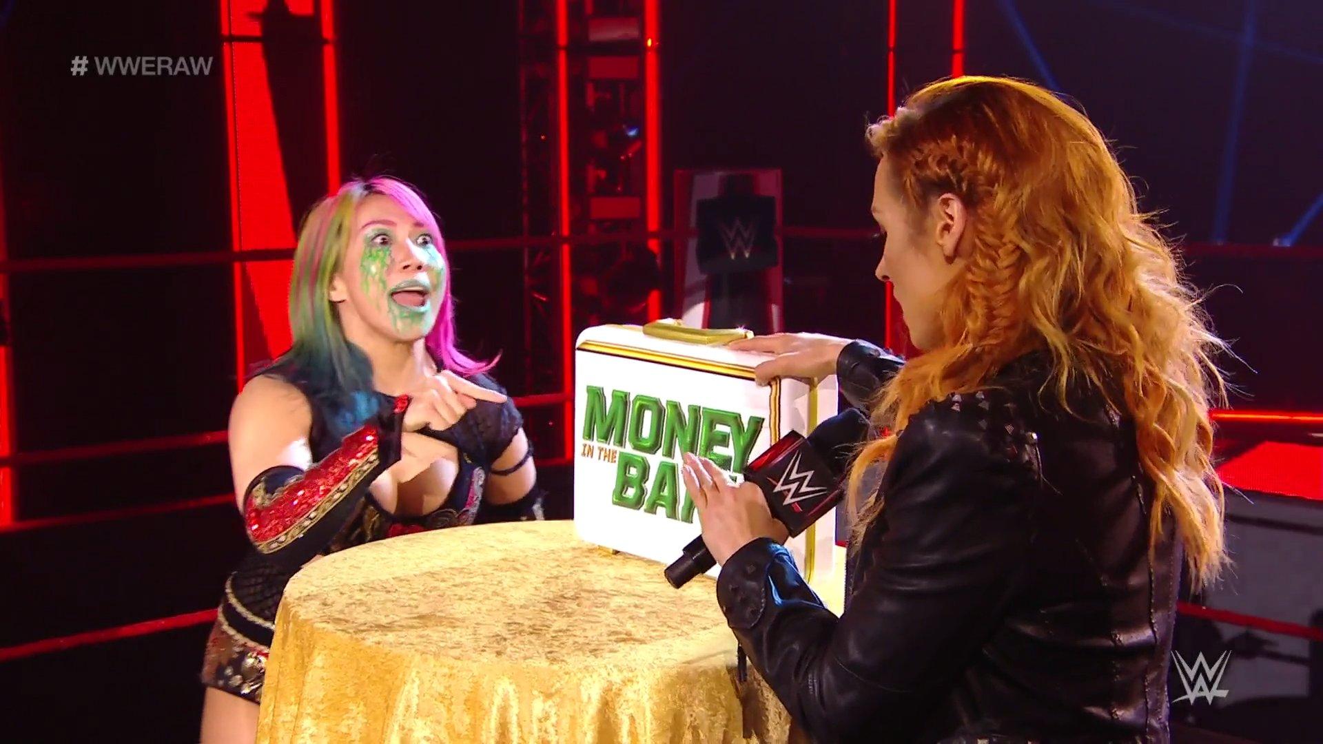 WWE RAW (11 de mayo 2020) | Resultados en vivo | Edge y Randy Orton regresan 2