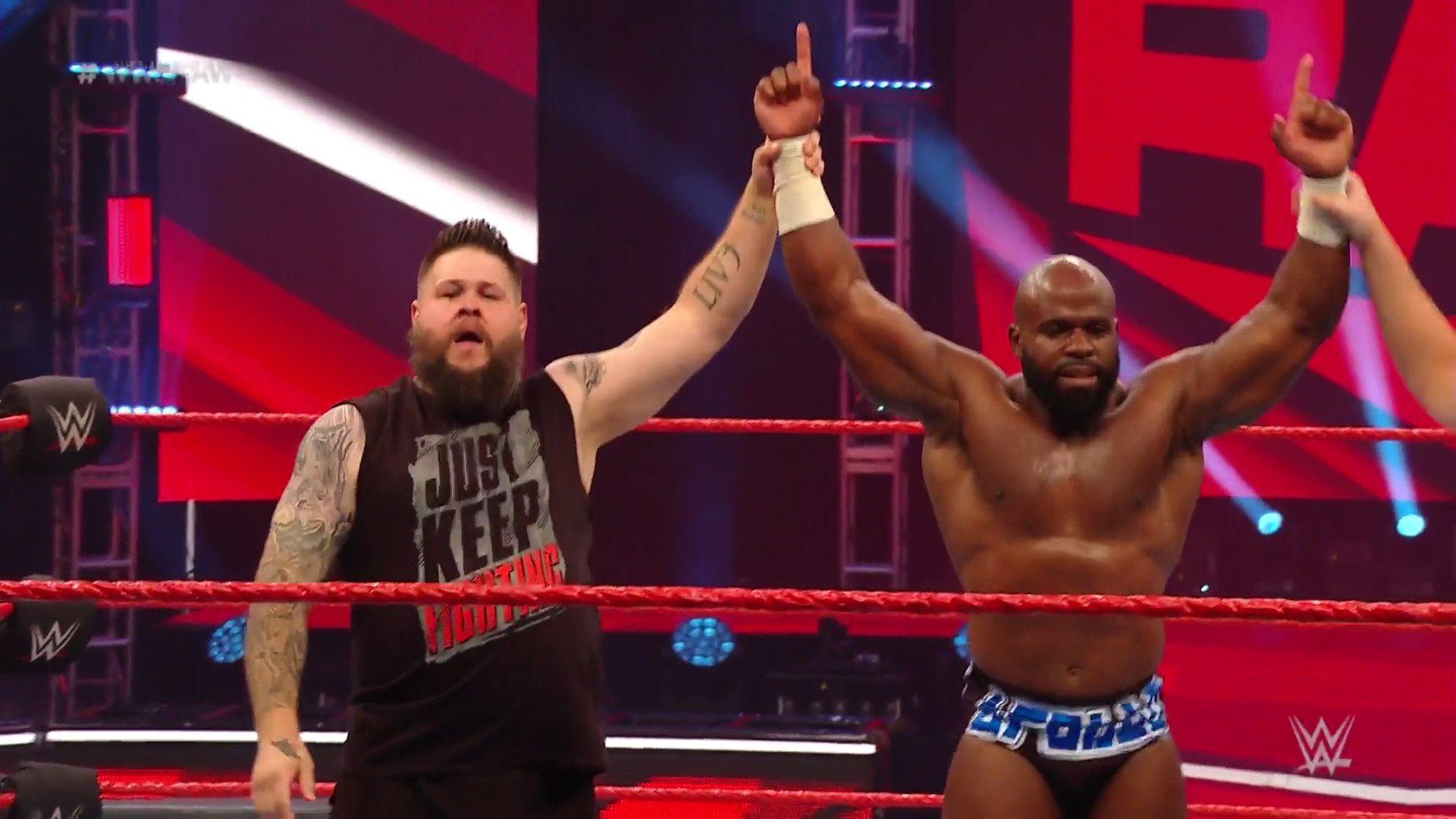 WWE RAW (18 de mayo 2020) | Resultados en vivo | King Corbin viene por Drew McIntyre 22