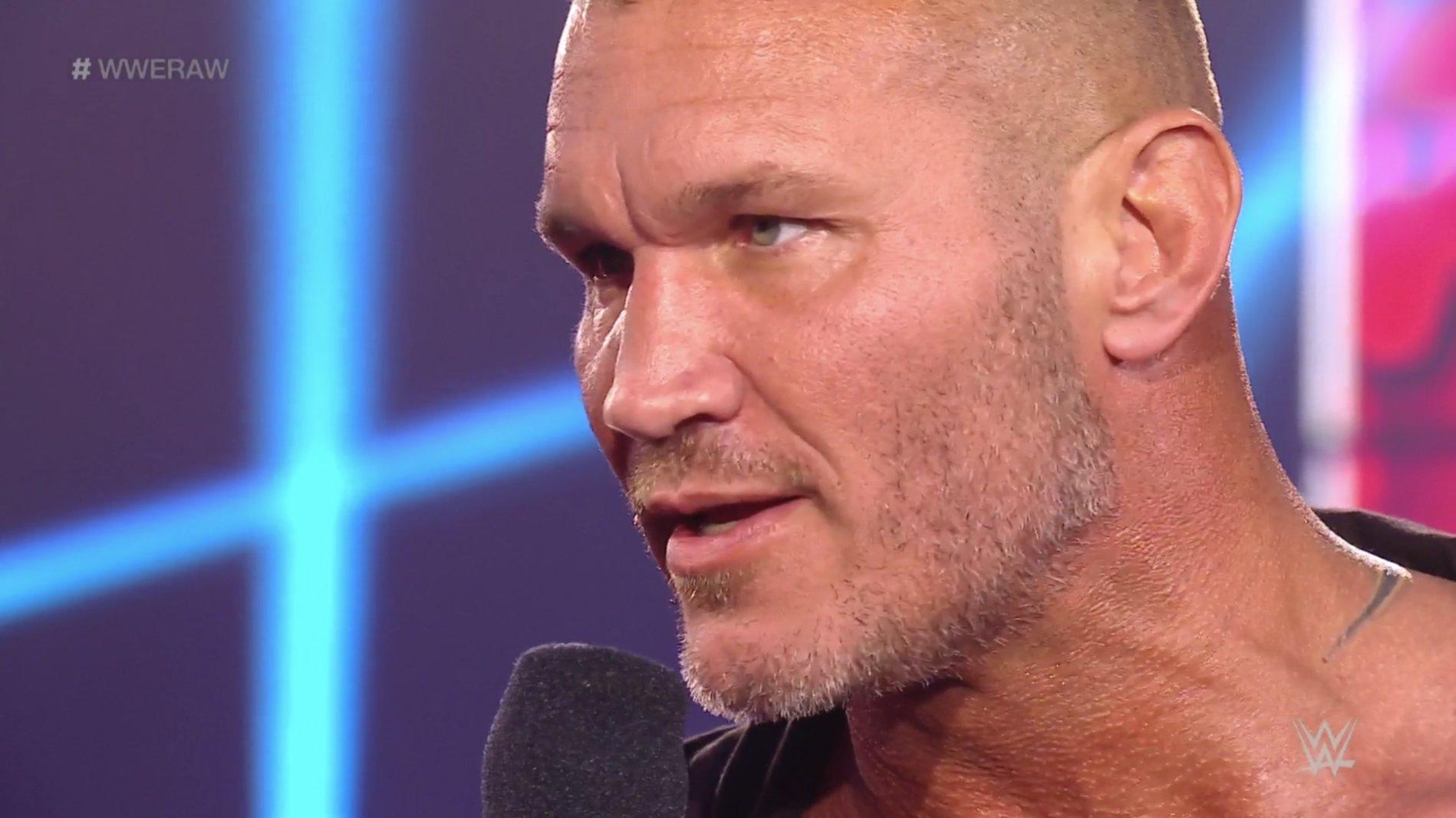 WWE RAW (11 de mayo 2020) | Resultados en vivo | Edge y Randy Orton regresan 52