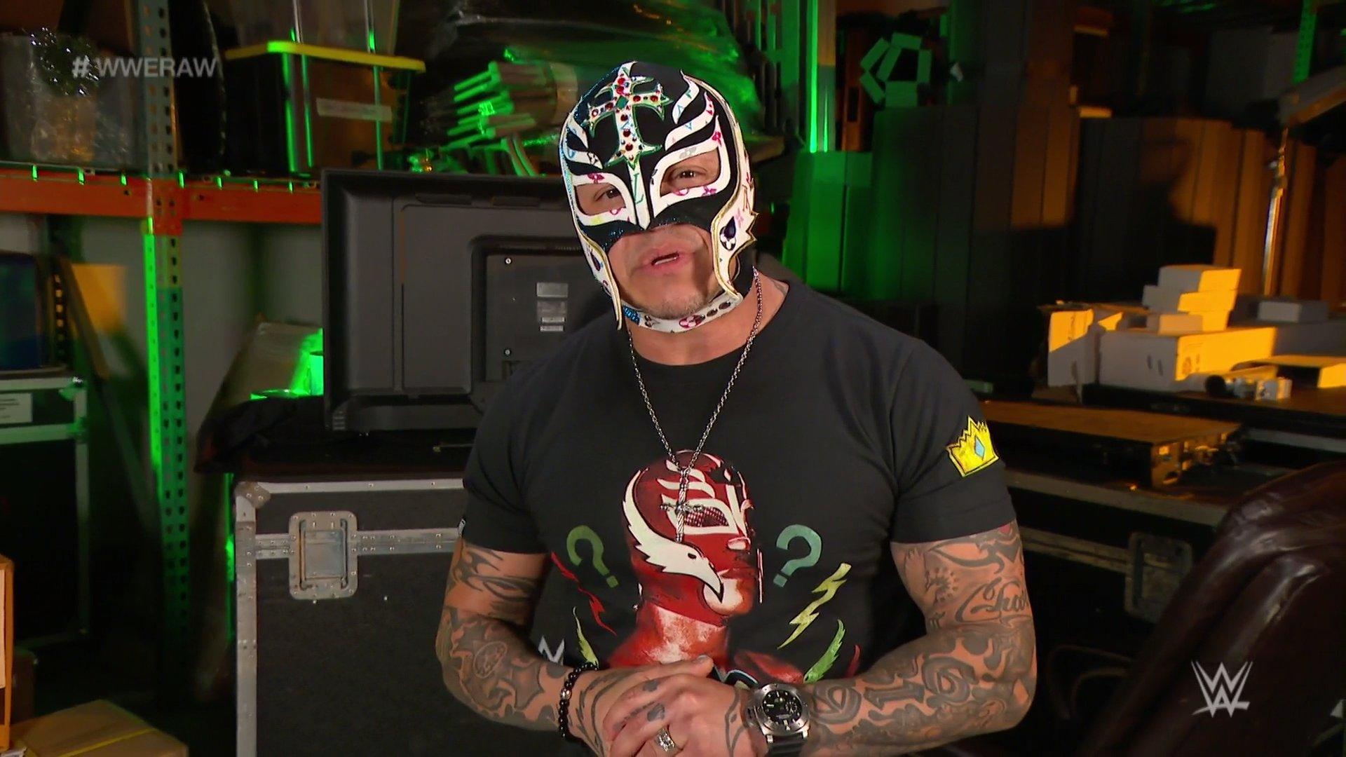 WWE RAW (4 de mayo 2020)   Resultados en vivo   A un paso de Money in the Bank 38