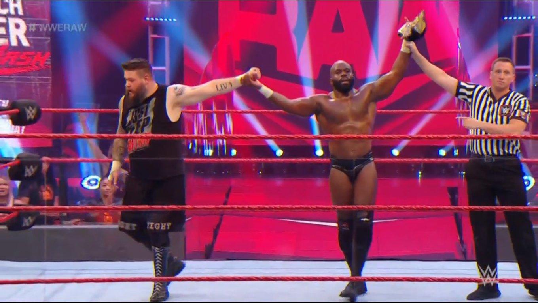 WWE RAW (1 de junio 2020) | Resultados en vivo | El retiro de Rey Mysterio 12