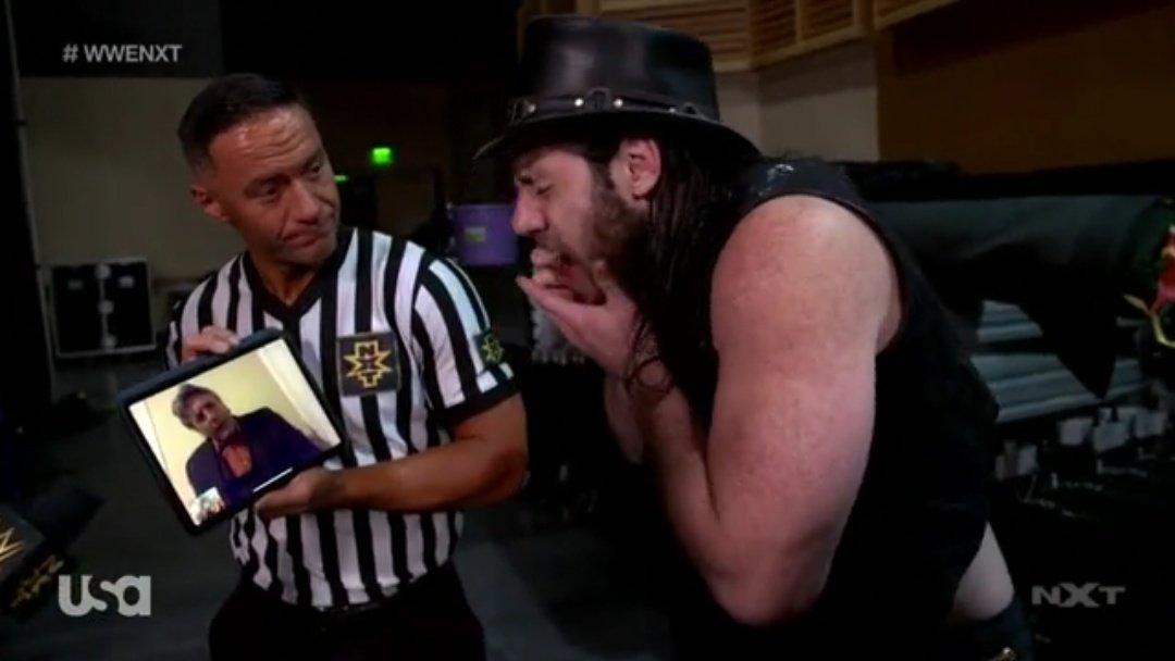 NXT (10 de junio 2020) | Resultados en vivo | Adam Cole vs. Dexter Lumis 26