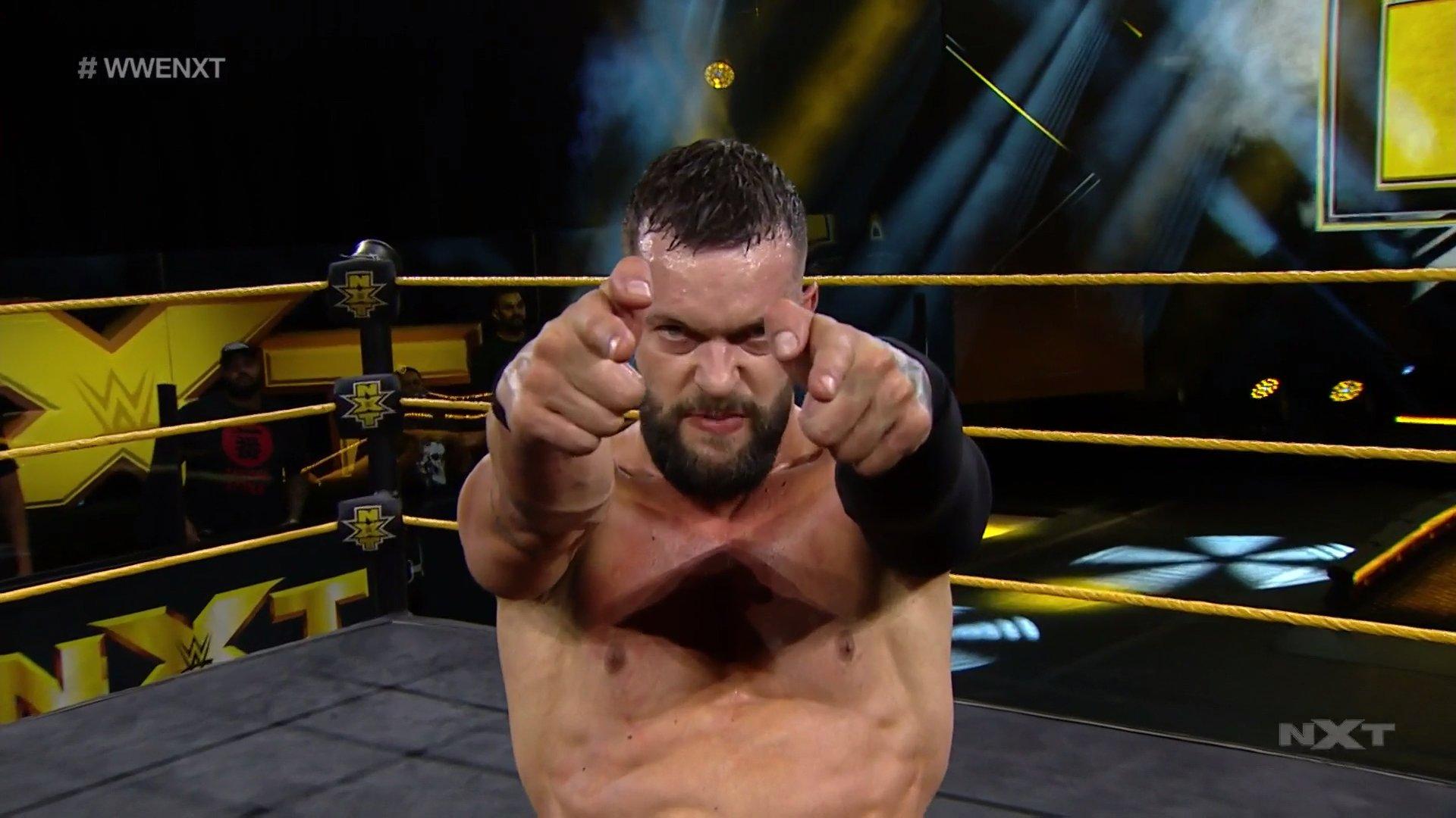 NXT (10 de junio 2020) | Resultados en vivo | Adam Cole vs. Dexter Lumis 29
