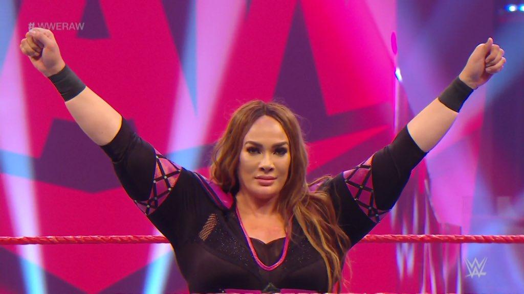 WWE RAW (1 de junio 2020) | Resultados en vivo | El retiro de Rey Mysterio 19