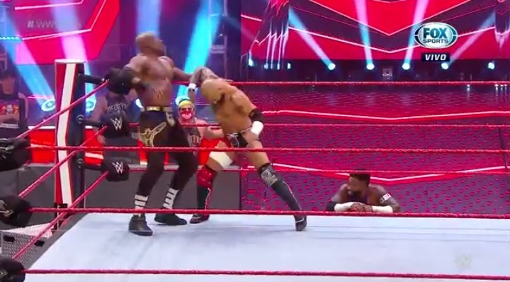 WWE RAW (June 29, 2020) | Live results | Contract signing for Extreme Rules 24