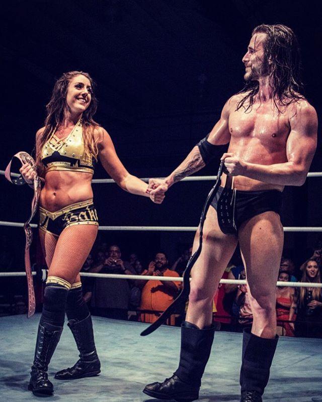 Britt Baker Contrato de Adam Cole con WWE