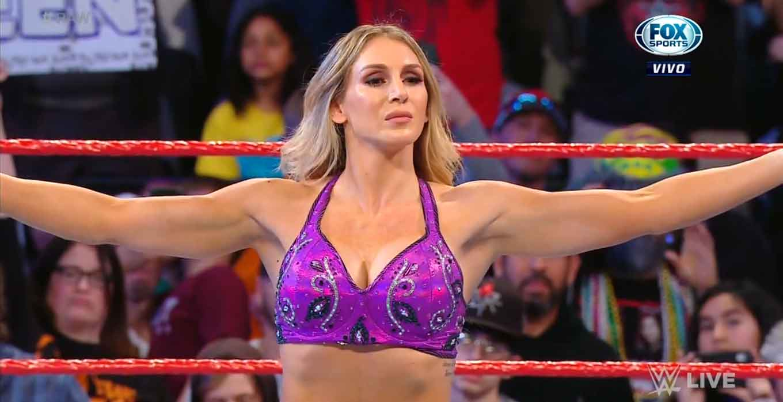 Charlotte Flair vs Rhea Ripley