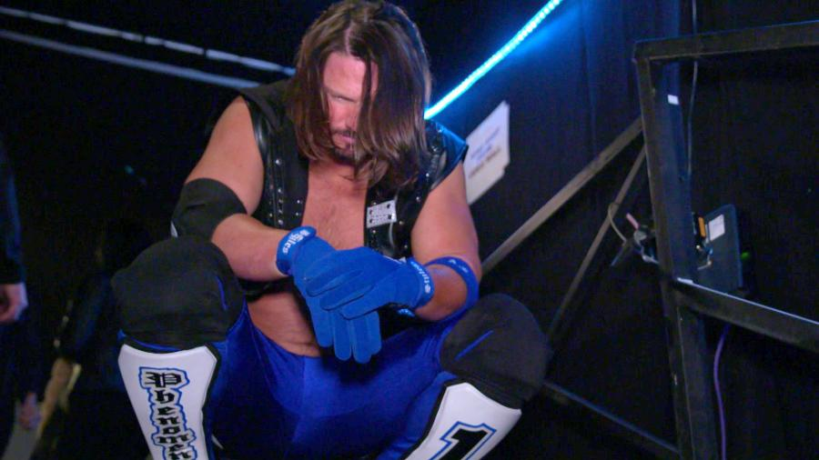 AJ Styles responde a CM Punk