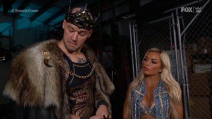 Baron Corbin coquetea con Mandy Rose y Otis lo golpea en WWE SmackDown (12/06/2020) / WWE