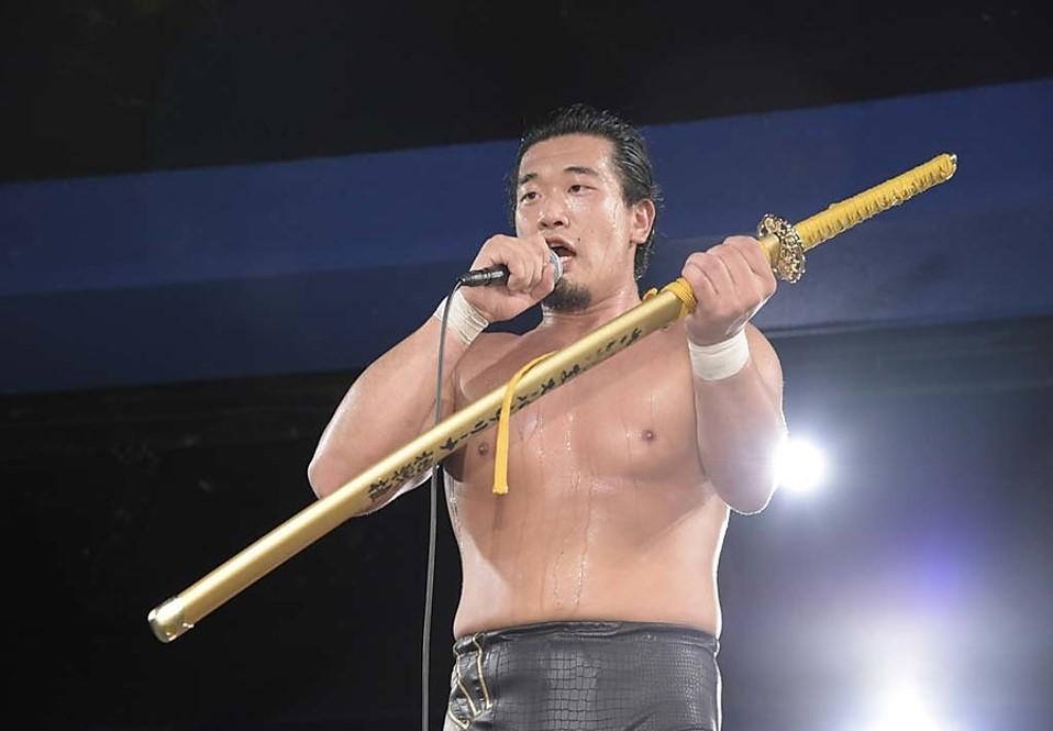 """DDT: """"DDT TV Show! #1"""" Kazusada Higuchi gana la espada 2"""