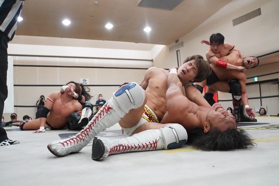 """DDT: """"With Dramatic Dream Team"""" 1a. función con público 1"""