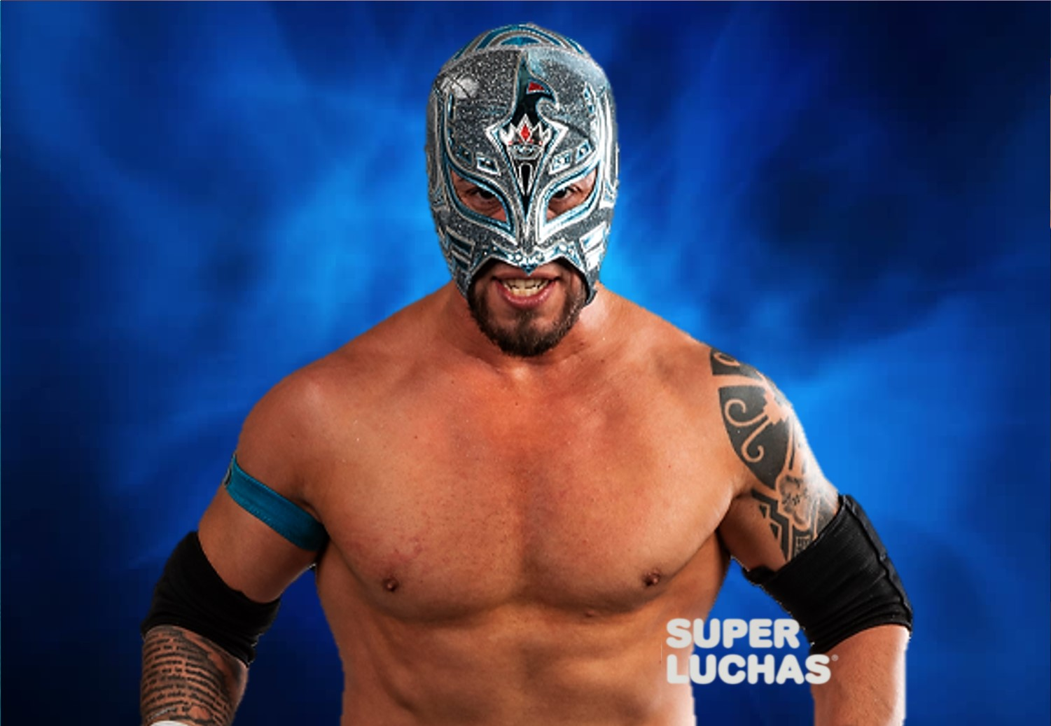 Rey Horus signs contract with ROH 4